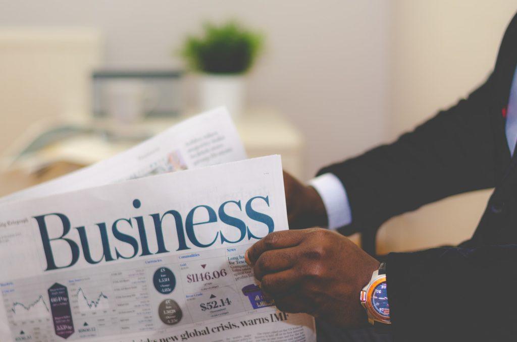 起業を想定した3C分析、戦略、事業計画作成例